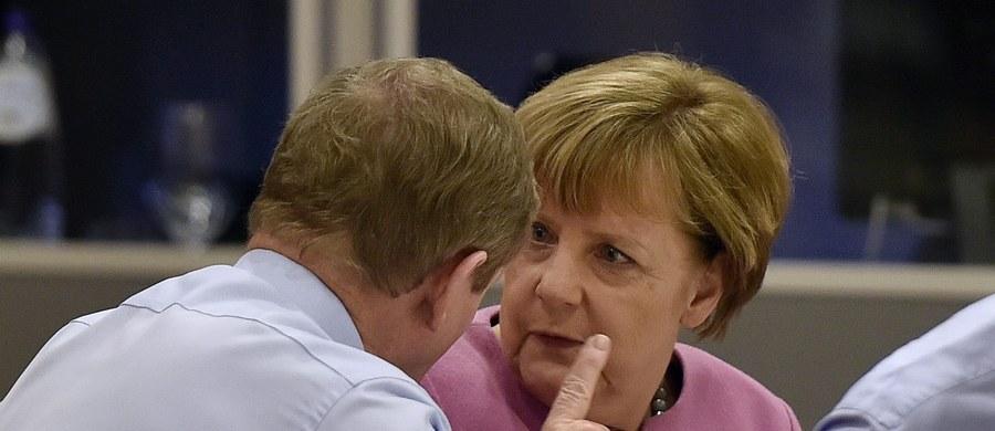 Kanclerz Angela Merkel zapowiedziała, że zamierza wykorzystać porozumienie UE z Wielką Brytanią, dotyczące ograniczeń w dostępie do świadczeń socjalnych dla imigrantów z innych krajów Unii, do ukrócenia nadużyć w korzystaniu z tych świadczeń w Niemczech. Zastrzegła jednak, że całkowite czasowe wykluczenie imigrantów z dostępu do systemu socjalnego, jak w przypadku Wielkiej Brytanii, nie wchodzi w rachubę.