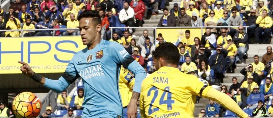 """Brazylijczyk Neymar, który jest jedną z największych gwiazd Barcelony, przyznał, że jego idolem jest… Cristiano Ronaldo. """"Jestem jego fanem, to super piłkarz"""" – przyznał w wywiadzie dla portugalskiej gazety """"A Bola""""."""