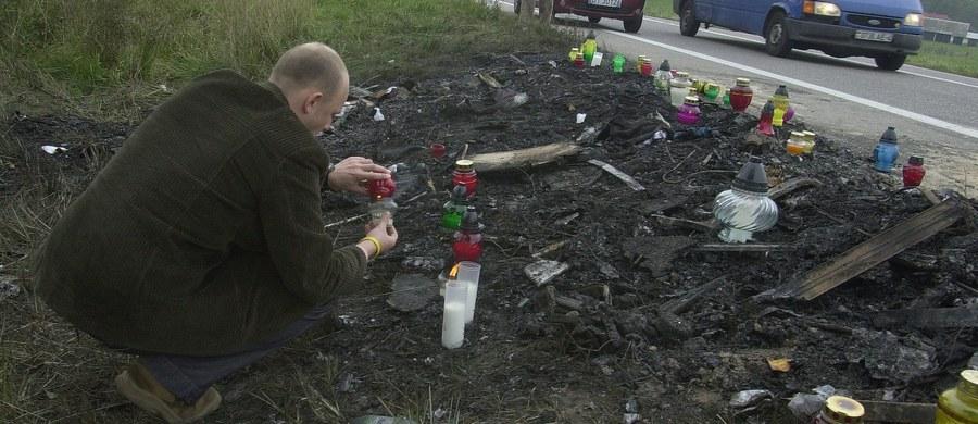 Do Sądu Najwyższego wpłynęła kasacja białostockiej prokuratury od wyroku w sprawie związanej z wypadkiem autokaru z licealistami w okolicach podlaskiego Jeżewa. W 2005 w tej katastrofie zginęło 13 osób, a 40 zostało rannych.