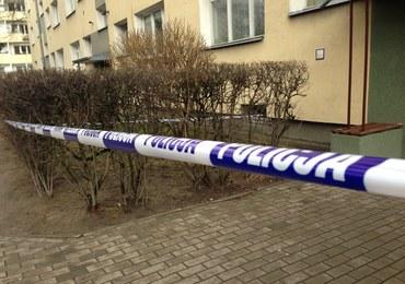 Zakrwawiony mężczyzna przyszedł na policję w Warszawie. Powiedział, że zabił kobietę