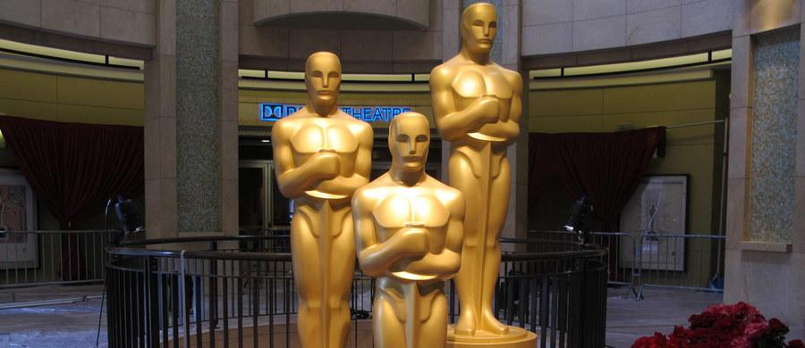 """12 dla """"Zjawy"""", 10 dla """"Mad Maxa"""", 7 dla """"Marsjanina"""". To te filmy zgarnęły najwięcej nominacji do Oscarów. Podczas 88. gali okaże się, która z produkcji zdobyła największe uznanie Amerykańskiej Akademii Filmowej. Poniżej znajdziecie listę wszystkich nominacji!"""