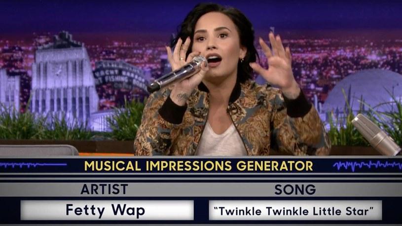 Po Christinie Aguilerze i Arianie Grande, kolejną wokalistką, która zaimponowała internautom swoimi umiejętnościami wokalnymi i naśladowczymi została Demi Lovato.