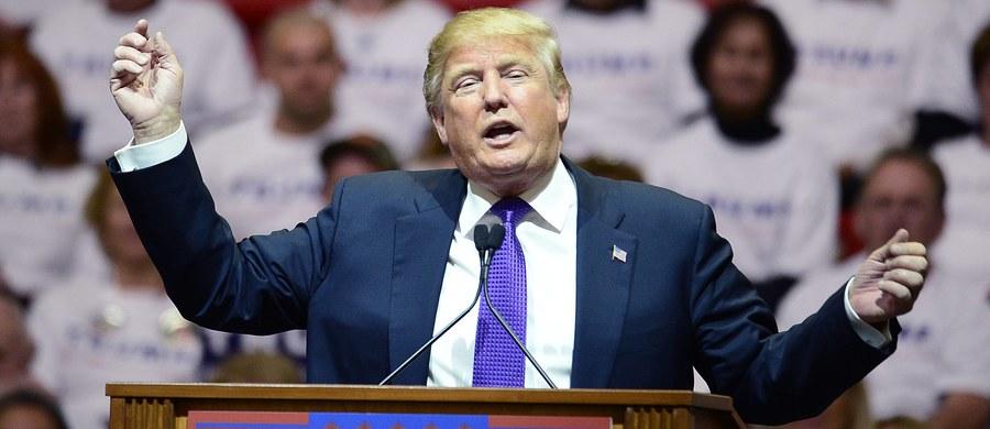 Na podstawie sondaży exit polls oraz wstępnych wyników, amerykańskie telewizje: CNN, Fox i ABC zgodnie przewidują, że prawybory prezydenckie w stanie Nevada kandydatów ubiegających się o nominację Partii Republikańskiej wygrał miliarder Donald Trump.