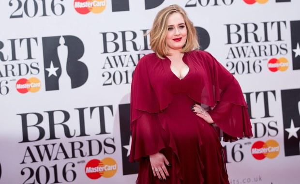 Brytyjska piosenkarka Adele triumfatorką Brit Awards w Londynie. Piosenkarka dostała aż cztery statuetki.