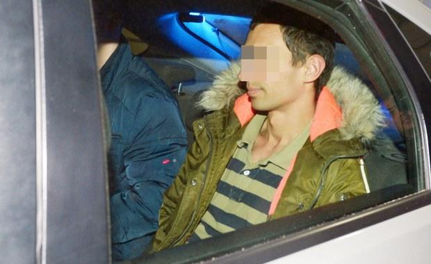Kajetan P. będzie wśród 45 poszukiwanych osób, które w najbliższych dniach zostaną sprowadzone do Polski wojskowymi samolotami CASA. Podejrzany o brutalne morderstwo 30-letniej kobiety w Warszawie, w kraju ma się znaleźć jutro - dowiedział się nieoficjalnie reporter RMF FM Krzysztof Zasada.