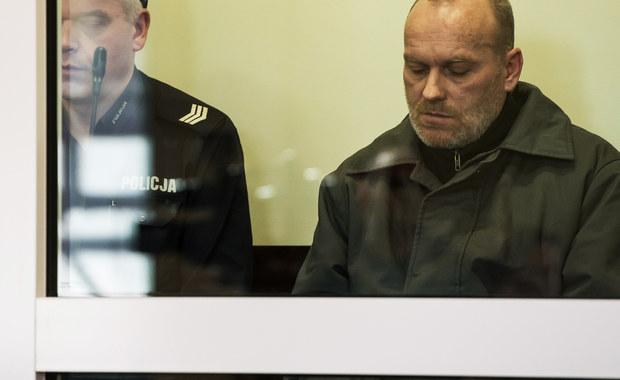 Wrocławski sąd skazał na dożywocie 45-letniego Zbigniewa Ratajczaka ze Środy Śląskiej, oskarżonego o brutalne zabójstwo 19-latki. Mężczyzna zadał jej blisko 50 ciosów nożem. Do zbrodni doszło w 2014 roku.