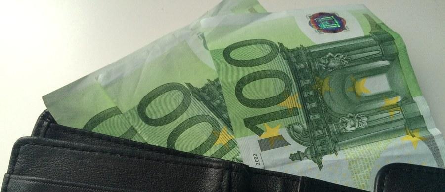 Były dowódca chorwackiej jednostki policyjnej do walki z przestępczością zorganizowaną Zeljko Dolaczki został oskarżony o kradzież 370 tys. euro i dwóch kilogramów złota skonfiskowanych gangowi handlarzy kruszcem.