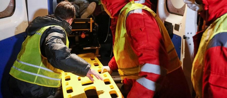 """Co najmniej dwóch górników zginęło, a los 28 pozostaje nieznany na skutek dwóch silnych wybuchów i serii zawałów w kopalni węgla """"Siewiernaja"""" w Workucie (republika Komi). W Trwa akcja ratunkowa. Uczestniczą w niej 364 osoby posługujące się specjalistycznym sprzętem."""