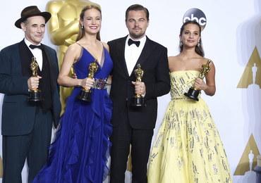 """Oscary 2016 rozdane! DiCaprio ze statuetką, sześć nagród dla """"Mad Maxa"""", najlepszy """"Spotlight"""""""