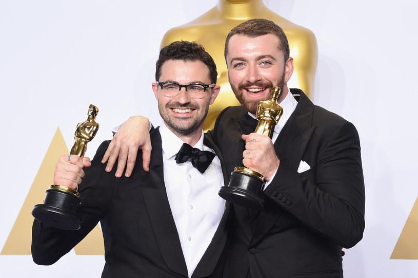 """Uznawana za jedną z najsłabszych piosenek w historii Jamesa Bonda """"Writing's On The Wall"""" Sama Smitha zdobyła Oscara podczas 88. gali rozdania najważniejszych nagród filmowych."""