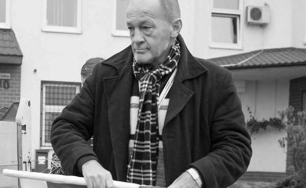 Marian Zagórny nie żyje. Zwłoki lidera jednego z rolniczych związków zawodowych znaleziono w podwarszawskim hotelu. Jak dowiedzieli się reporterzy RMF FM, na ciało mężczyzny w wannie natrafił jego znajomy. Prokuratura zarządziła już sekcję zwłok. Marian Zagórny zmarł w wieku 56 lat.