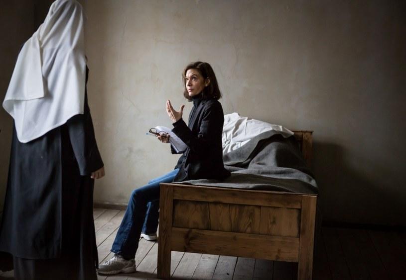"""Od siódmego do dziewiątego marca w Warszawie będzie gościć Anne Fontaine - jedna z najważniejszych współczesnych francuskich reżyserek i scenarzystek. Autorka pamiętnych obrazów """"Coco Chanel"""" i """"Dziewczyny z Monaco"""" pojawi się w Polsce, by promować swój najnowszy film """"Niewinne""""."""