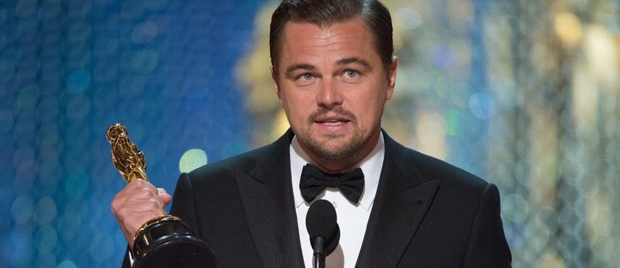 Chwila, w której Leonardo DiCaprio odebrał swojego pierwszego w karierze Oscara, była najbardziej tweetowanym momentem podczas całej 88. ceremonii wręczenia nagród Amerykańskiej Akademii Filmowej. Tweety rozchodziły się wówczas w liczbie 440 tysięcy na minutę.