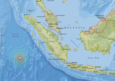 Potężne trzęsienie ziemi w Indonezji. Odwołano ostrzeżenie przed tsunami