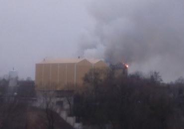 Pożar browaru w Braniewie. Zapaliła się jedna z hal produkcyjnych