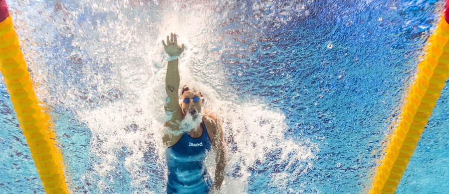 Mistrzyni olimpijska w pływaniu Włoszka Federica Pellegrini przez pomyłkę ujawniła swój adres oraz numer telefonu komórkowego. Zamieściła na Twitterze zdjęcie, na którym można było odczytać te dane.