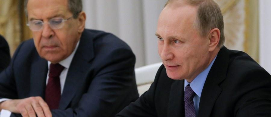 """Izraelski Historyk Dan Diner ostrzega na łamach """"Die Welt"""" przed powrotem do polityki światowej Rosji. Niemcom, które awansowały na materialnego i moralnego hegemona, grozi w Europie izolacja - twierdzi."""