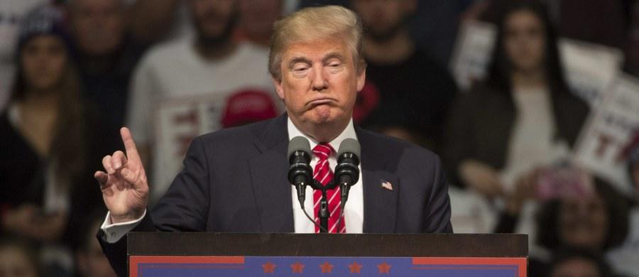 Miliarder Donald Trump wciąż jest faworytem wyścigu o nominację Partii Republikańskiej (GOP) w wyborach prezydenckich i zgodnie z sondażami wygra także wtorkowe prawybory w dużym stanie Michigan. Jednak jego bardzo wysokie notowania nieco słabną.