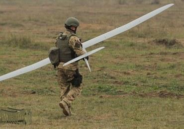 Dron poszukiwany przez wojsko. Operator stracił z nim kontakt