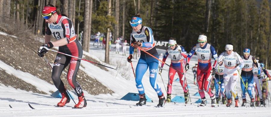 Justyna Kowalczyk zajęła 13. miejsce w biegu łączonym na 15 km w Canmore - szóstej konkurencji cyklu Ski Tour Canada, który wieńczy sezon 2015/16 narciarskiego Pucharu Świata. Wygrała Norweżka Heidi Weng.