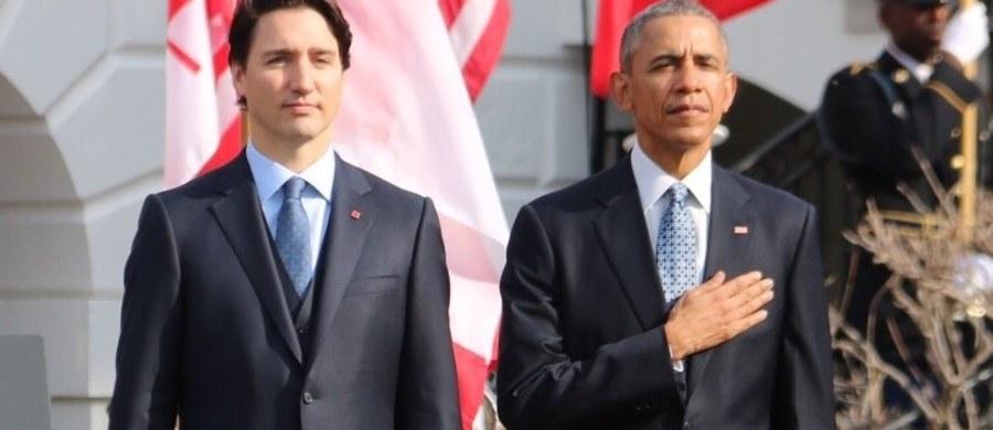 Waszyngton dziś w kanadyjskich barwach. Flagi tego kraju pojawiły się niemal na każdej latarni w centrum stolicy USA, a amerykańskie gazety rozpisują się o rozpoczynającej się w Waszyngtonie oficjalnej wizycie kanadyjskiego premiera Justina Trudeau.