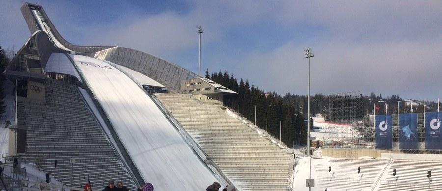 Przedmieścia Oslo. Wzgórze Holmenkollen przyciąga, choć w takie dni jak ten kibiców jadących kolejką z centrum norweskiej stolicy jest zdecydowanie więcej. W końcu rozgrywane są Mistrzostwa Świata w biathlonie. To naprawdę wspaniałe uczucie - móc być w tym miejscu.
