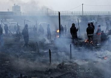 Zatrzymano 14 działaczy skrajnej prawicy. Palili opony w proteście przeciwko imigrantom