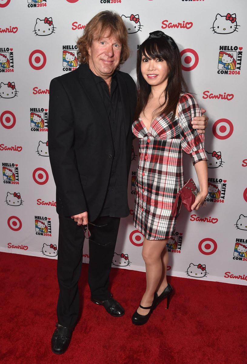 """""""Nie chciał zawieść fanów"""" - mówi Mari Kawaguchi, partnerka wirtuoza instrumentów klawiszowych Keitha Emersona, który prawdopodobnie popełnił samobójstwo."""