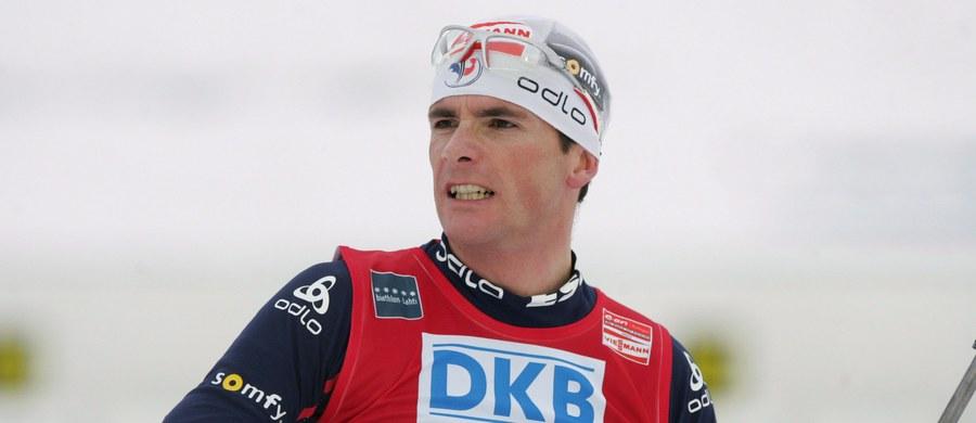 """Francuzi całkowicie zdominowali zakończone w niedzielę Mistrzostwa Świata w biathlonie. Przyćmili w Oslo nawet reprezentację Norwegii. """"Kiedy patrzysz na Martina Fourcade'a czy Marie Dorin Habert, wszystko wydaje się takie proste"""" – mówi w rozmowie z RMF FM były biathlonowy mistrz świata, a obecnie ekspert Eurosportu Raphael Poiree. Francuz opowiedział też, jak we Francji wykuwają się nowe biathlonowe talenty."""
