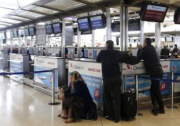 Od roku przetrzymują syryjskiego uchodźcę na lotnisku. Amnesty International bije na alarm