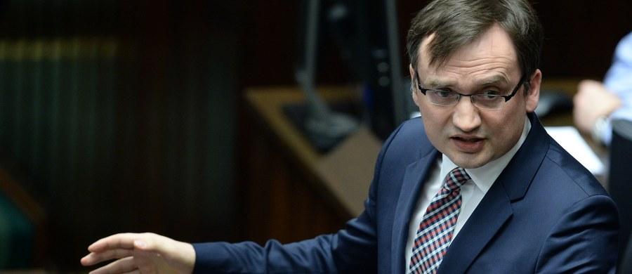 Prokuratura w Warszawie dostała z Prokuratury Krajowej polecenie wszczęcia śledztwa w sprawie przecieku projektu wyroku Trybunału Konstytucyjnego. Wnioskowali o to posłowie Prawa i Sprawiedliwości.