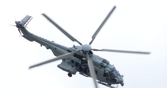 """""""Nasza oferta jest ciągle najlepsza! Chodzi bowiem nie tylko o helikoptery wojskowe, ale szerzej - o rozwój działalności koncernu Airbus w Polsce"""" - tak trwające negocjacje offsetowe - towarzyszące przetargowi na śmigłowce dla polskiej armii - komentuje w rozmowie z paryskim korespondentem RMF FM Markiem Gładyszem rzecznik firmy Airbus Helicopters. Guillaume Steuer sugeruje, że wybór caracali będzie korzystny dla całej polskiej gospodarki, bo - jak zapewnia - koncern Airbus ma zamiar w przyszłości coraz więcej inwestować w naszym kraju."""