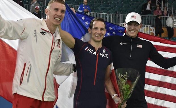Piotr Lisek zdobył brązowy medal w skoku o tyczce podczas Halowych Mistrzostw Świata w lekkoatletyce. W Portland osiągnął wynik 5,75. Szóste miejsce zajął Robert Sobera - 5,65. Konkurs wygrał Francuz Renaud Lavillenie - 6,02.