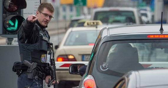 Mimo prowadzonej na dużą skalę operacji służb, zamachowcy pokazali, że są zdolni do zorganizowania złożonej akcji terrorystycznej - tak serię wybuchów, do których doszło w Brukseli, komentuje prof. Krzysztof Kubiak z Uniwersytetu Jana Kochanowskiego w Kielcach.