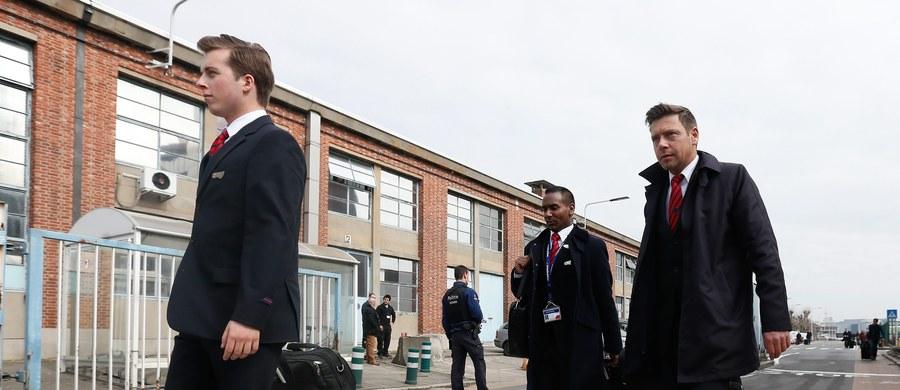 Pałac Królewski w Brukseli został ewakuowany po zamachach, do których doszło na międzynarodowym lotnisku Zaventem i w brukselskim metrze - poinformował publiczny belgijski nadawca RTBF.