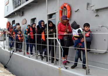 Nauczyciel fizyki nie zostanie ukarany za kontrowersyjne zadania o uchodźcach