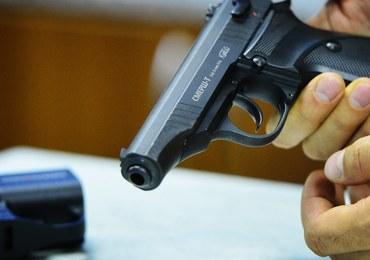 MSWiA chce zakazać noszenia broni podczas szczytu NATO i Światowych Dni Młodzieży