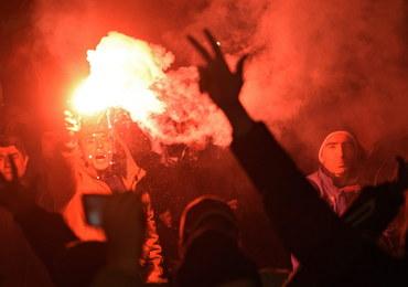 """Serbowie protestują przeciwko wyrokowi Karadżicia. """"On tylko pomagał w trudnych chwilach"""""""