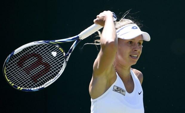 Magda Linette awansowała do trzeciej rundy turnieju WTA rangi Premier na twardych kortach w Miami (pula nagród 6,13 mln dolarów). Polka rozegrała tylko jednego gema w meczu z Jeleną Jankovic. Rozstawiona z numerem 18. Serbka skreczowała.