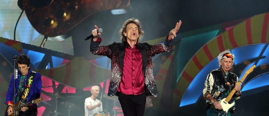 """Słynny brytyjski zespół The Rolling Stones zagrał w piątek swój pierwszy koncert na Kubie. Media donoszą, że na wydarzenie przybyło około pół miliona fanów. Niegdyś muzyka Brytyjczyków była zakazana przez komunistyczne władze w Hawanie jako """"ideologiczna dewiacja""""."""