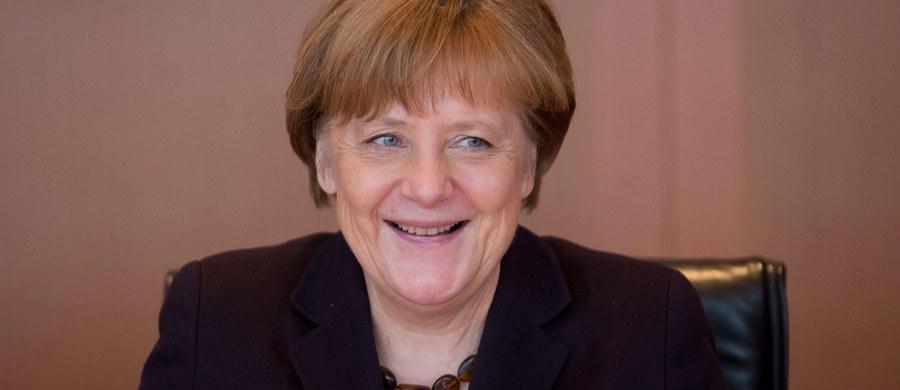 """Burmistrz Antwerpii Bart De Wever w rozmowie z dziennikarzem """"Der Spiegel"""" powiedział, że polityka """"otwartych drzwi"""" wobec imigrantów była """"epokowym błędem"""" kanclerz Angeli Merkel. Jego zdaniem polityka integracji w Belgii poniosła fiasko."""