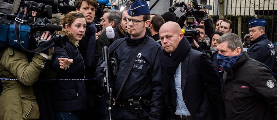 Od zamachów terrorystycznych w Brukseli Salah Abdeslam, podejrzany o koordynowanie ataków w Paryżu w listopadzie ub. roku, odmawia współpracy z policją - poinformował minister sprawiedliwości Belgii Koen Geens. Mężczyzna został aresztowany w zeszłym tygodniu.