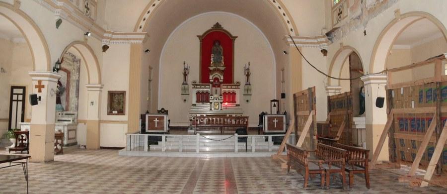 W tym kościele nie było święcenia pokarmów. Nie było też mszy rezurekcyjnej. Być może już nigdy nie zostanie odprawiona tam msza święta. Sanktuarium Niepokalanego Serca Maryi w Hawanie, gdzie pracuje ksiądz Paweł Szulac, odwiedził korespondent RMF FM Paweł Żuchowski.