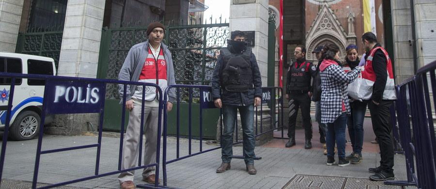 Terroryści z Państwa Islamskiego planują ataki, których celem są żydowskie żłobki, przedszkola i szkoły w Turcji. Takie informacje przekazuje Sky News powołując się na źródła w szeregach dżihadystów. Do ataków może dojść w ciągu najbliższych 24 godzin – twierdzi brytyjska telewizja.