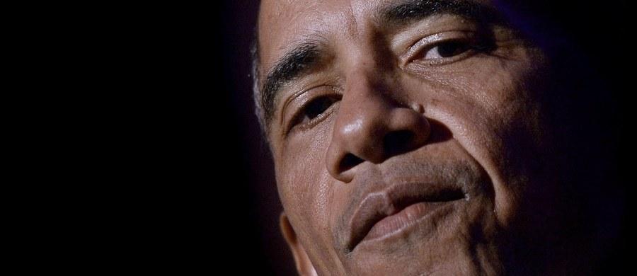 """""""Nie podoba mi się pomysł Obamy, żeby nie spotykać się z Andrzejem Dudą, bo ktoś musi wreszcie powiedzieć prezydentowi, że robi źle"""" – mówi gość Kontrwywiadu RMF FM, szef SLD Włodzimierz Czarzasty, w odpowiedzi na pytania słuchaczy. Dodaje: """"Jeżeli będziemy go unikali, to on tego nie zrozumie, bo to nie jest tak lotna inteligencja, żeby zrozumiał""""."""