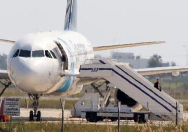 """Porywacz samolotu linii EgyptAir zatrzymany. """"Pas szahida nie miał materiałów wybuchowych"""""""