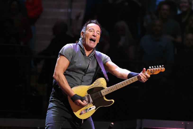 Podczas koncertu w Nowym Jorku Bruce Springsteen zatańczył ze swoją 90-letnią matką Adele.