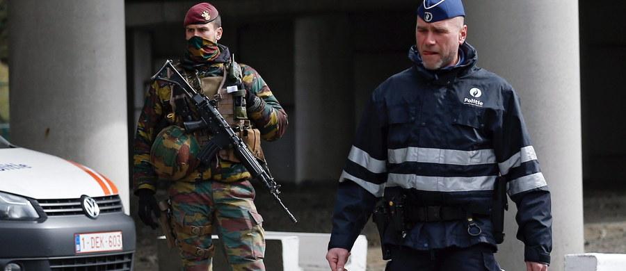 """Belgowie są oburzeni po wypuszczeniu z aresztu islamskiego ekstremisty Faycala Cheffou. Protestują media i burmistrz Brukseli Yvan Mayeur, który oskarża sędziów śledczych o nieudolność. Okazało się bowiem, że Cheffou jest ciągle oficjalnie oskarżony o """"terrorystyczne zabójstwa""""."""