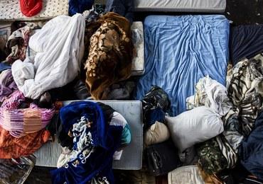 Uchodźcy z dryfującej łodzi zadzwonili do mieszkańca Rzymu z prośbą o pomoc. Zostali uratowani