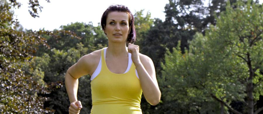 """Miłość do aktywności fizycznej i biegania zaczyna się jeszcze w łonie matki. Naprawdę. Przekonują o tym na łamach czasopisma """"The FASEB Journal"""" naukowcy z Baylor College of Medicine  i Texas Children's Hospital. I przedstawiają poważne dowody. Choć swoje badania prowadzili na myszach, są przekonani, że podobny efekt obowiązuje też u człowieka."""